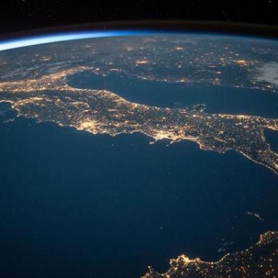 terre illuminée